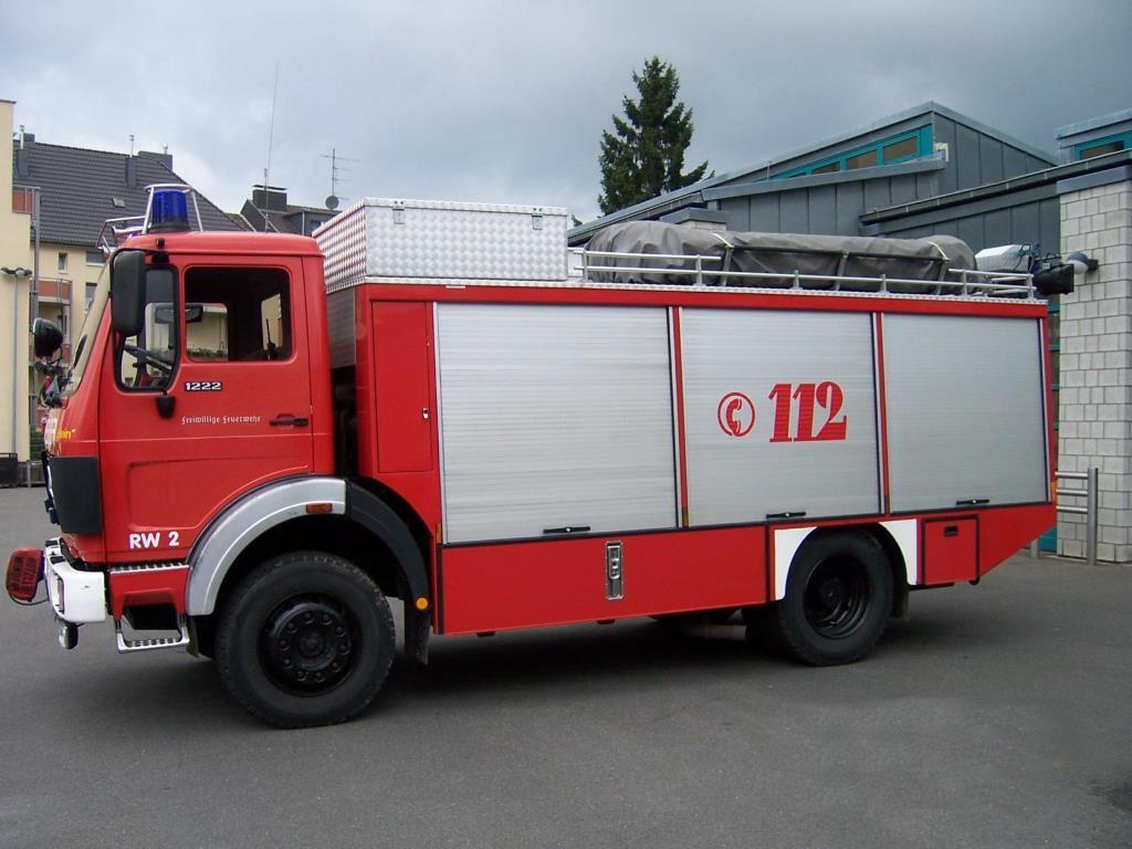 SPOERER Spezialfahrzeuge Feuerwehr Rüstwagen