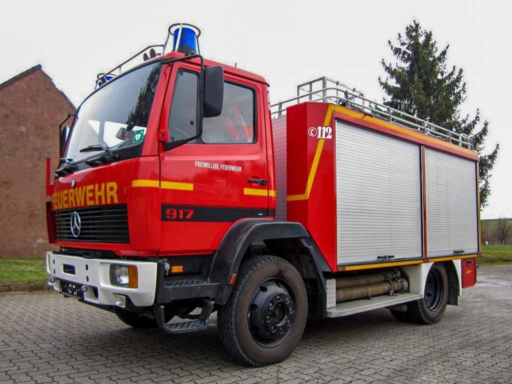 SPOERER Spezialfahrzeuge Feuerwehr Tanklöschfahrzeug